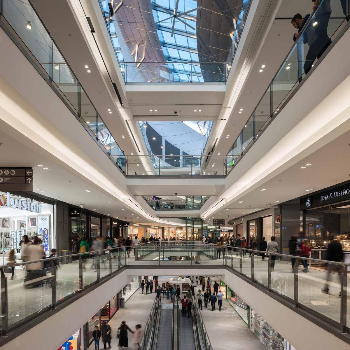 SILICIUS abre los centros comerciales que tiene bajo gestión con nuevas medidas de seguridad e higiene
